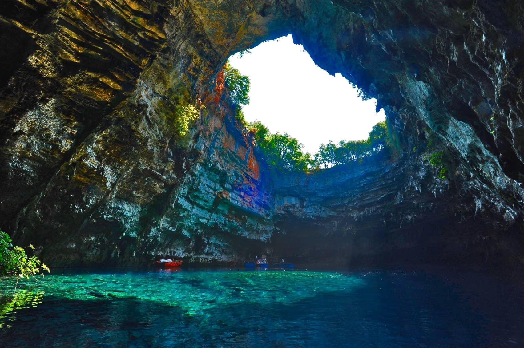 melisani lake cave